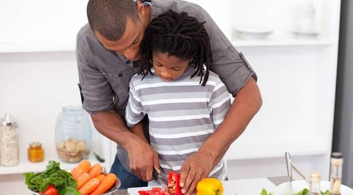 انتخاب مواد غذایی برای پیشگیری از بروز دیابت نوع دو در کودکان