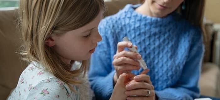 علائم دیابت در کودکان (نوع یک و دو) و راه های درمان